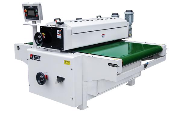 Auto lifting roller coating machine