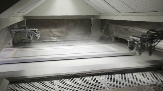Automatic UV spray painting and drying line for...