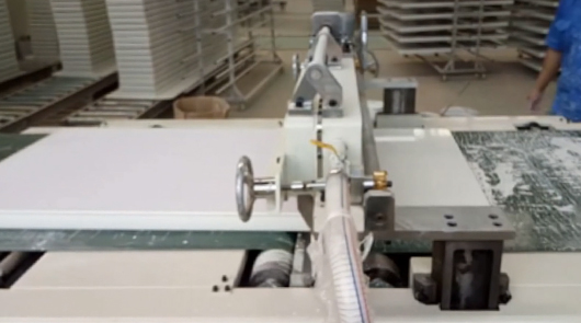 Automatic curtain coating PE sealer for furniture