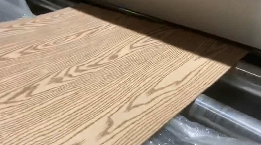Automatic embossing wood texture for mdf, plywo...