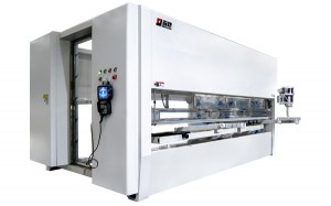 Automatic five axis spraying machine