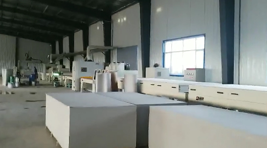 Automatic coating line for exterior wall decora...