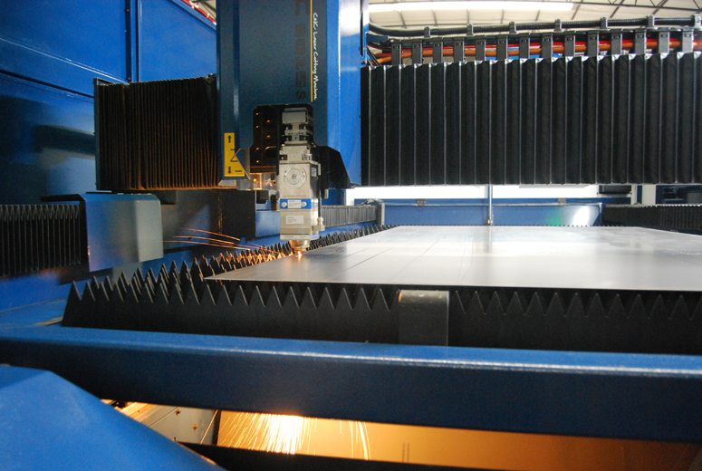 Automatic laser cutting