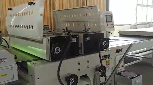 Automatic roller coating line for external wall...