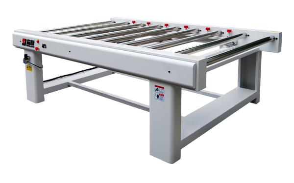 Centring conveyor
