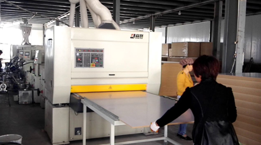Automatic UV high glossy roller coating line fo...